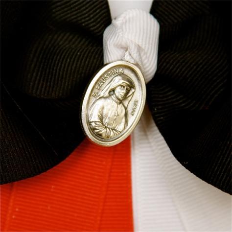 37ddb-stfaustina-medalsmall